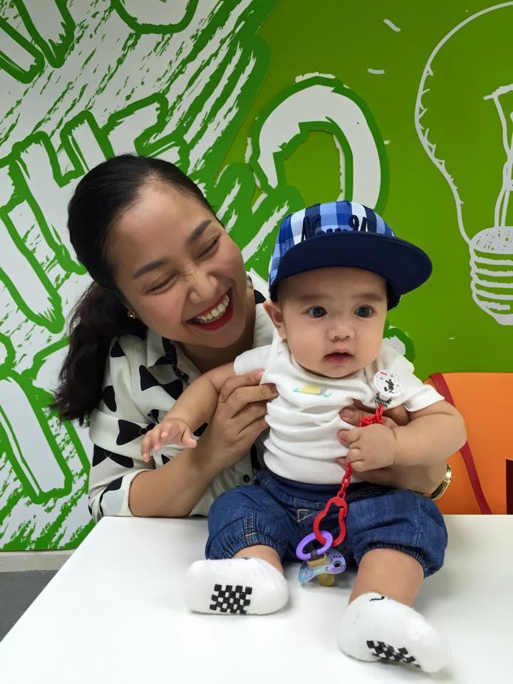 Những hoàng tử bé điển trai, đáng yêu của sao Việt  - Ảnh 12