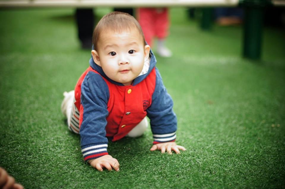 Những hoàng tử bé điển trai, đáng yêu của sao Việt  - Ảnh 32