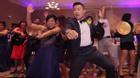 Sốt với clip cô dâu chú rể nhảy cực sung cùng khách mời tại đám cưới