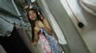 Chùm ảnh đầy cảm xúc về cuộc sống của cô gái chuyển giới bán bánh rán ở Sài Gòn