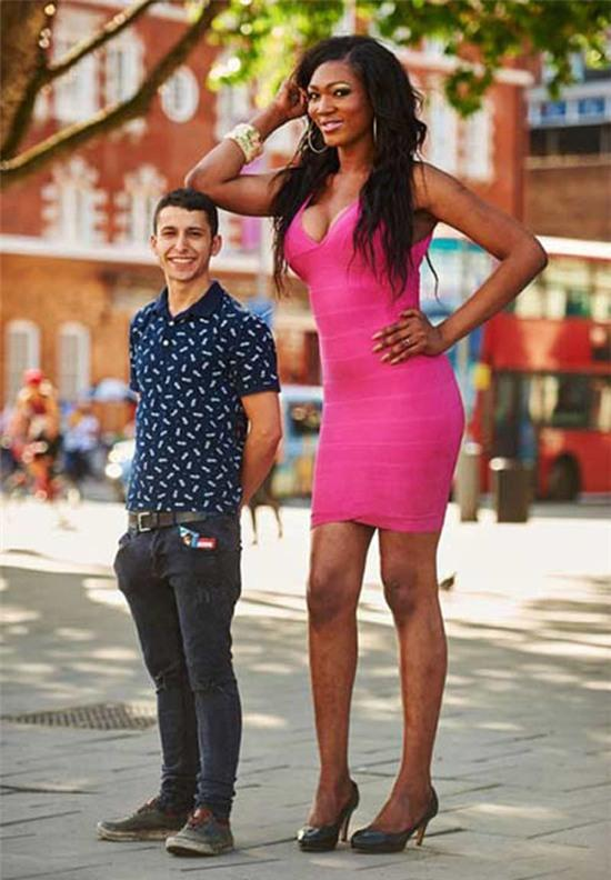 Why many women want to be with tall men