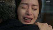 Kim Tae Hee sẵn sàng cho cuộc chiến với 'anh trai'