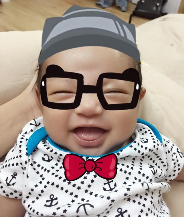 Phan Hiển - Khánh Thi hạnh phúc đưa con trai đi khám định kỳ  ảnh 5