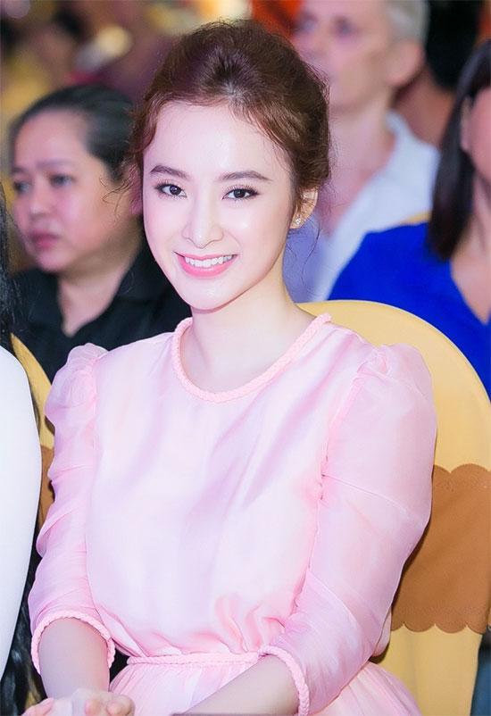 Sao Việt 'lên đời' nhan sắc với gam màu hồng pastel  ảnh 1