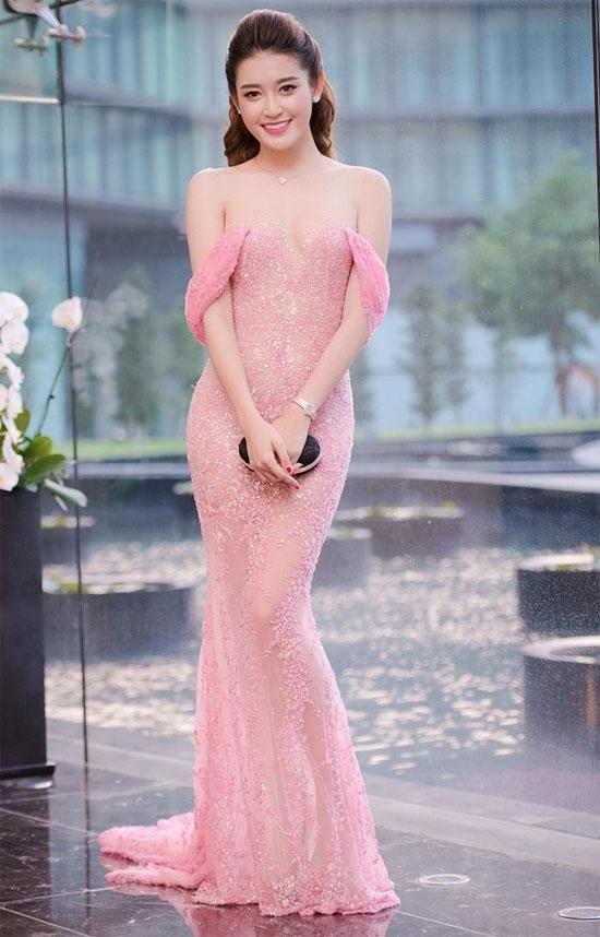 Sao Việt 'lên đời' nhan sắc với gam màu hồng pastel  ảnh 4