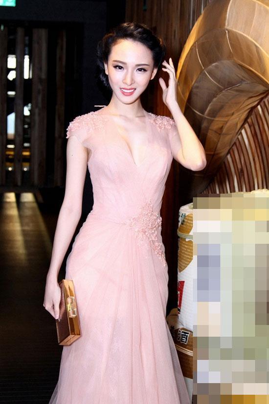 Sao Việt 'lên đời' nhan sắc với gam màu hồng pastel  ảnh 12