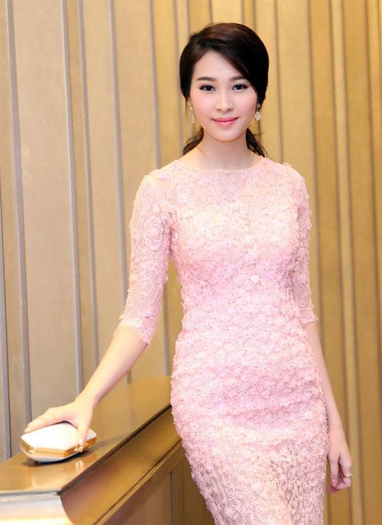 Sao Việt 'lên đời' nhan sắc với gam màu hồng pastel  ảnh 6