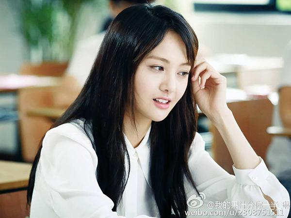 Khán giả Hoa ngữ phát ngán khi phim nào cũng gặp những bình hoa di động  - Ảnh 3