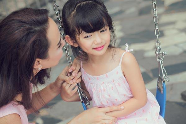 HH Ngọc Diễm khoe con gái xinh đẹp như thiên thần ảnh 11