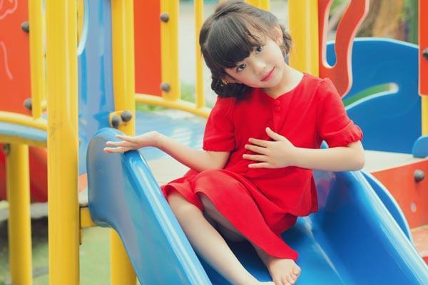 HH Ngọc Diễm khoe con gái xinh đẹp như thiên thần ảnh 19
