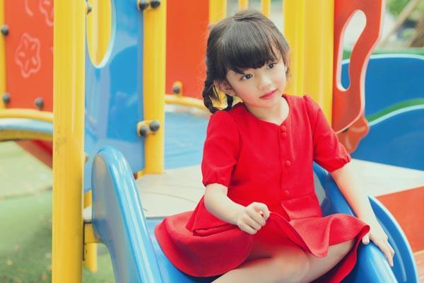 HH Ngọc Diễm khoe con gái xinh đẹp như thiên thần ảnh 20