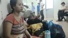 Biếng ăn, bé 13 tháng tuổi bị chấn thương sọ não vì cô nắm tóc, kéo áo