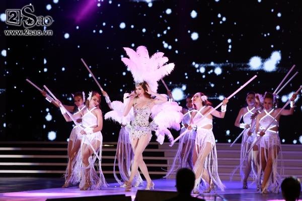Sự đa dạng trong phong cách âm nhạc của Hồ Ngọc Hà ảnh 15