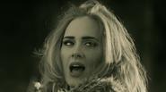 Hé lộ những bí mật đằng sau ca khúc Hello của Adele