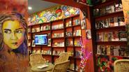 """Quán cà phê của 5 cô gái """"xấu xí nhất Ấn Độ"""""""