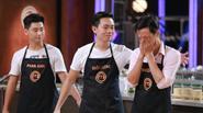 Hai thí sinh nam chia tay Vua đầu bếp trong nước mắt