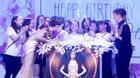 Hồ Ngọc Hà đẹp tựa nữ thần, đón sinh nhật sớm tại Hà Nội