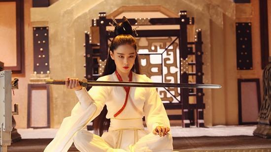 Say đắm trước nhan sắc 'vạn người mê' của Trương Hinh Dư