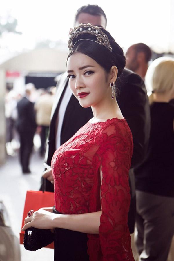 Lý Nhã Kỳ vs Hồ Ngọc Hà – hai biểu tượng thời trang Việt Nam - Ảnh 2