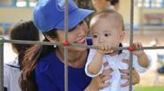 Ốc Thanh Vân lần đầu đưa con trai út đi event
