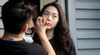 'Đột nhập' phim trường xem Minh Hằng make up đóng phim
