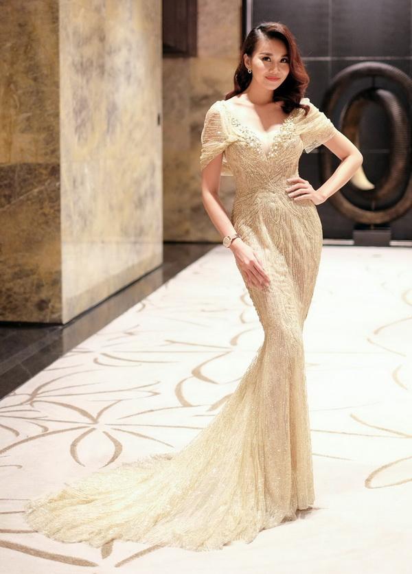 Cận cảnh bộ trang sức 2 tỷ của Thanh Hằng khi dự sự kiện  - Ảnh 1