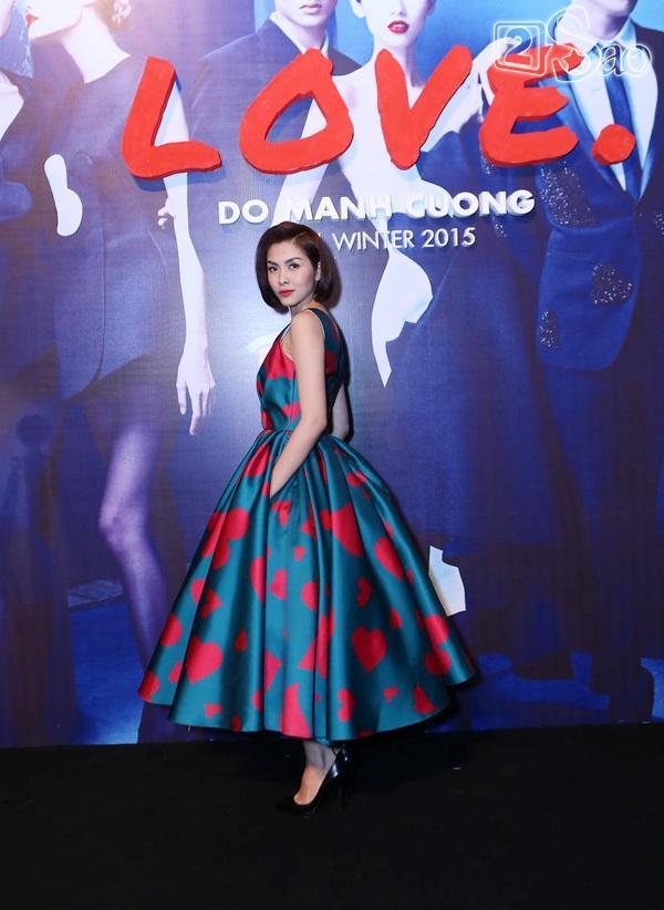 Tăng Thanh Hà dự show chớp nhoáng tại Hà Nội để về với con  - Ảnh 4