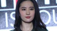 """Lưu Diệc Phi """"bỏ quên' bạn trai, hết lời khen ngợi Huỳnh Hiểu Minh"""