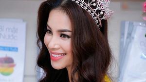 6 nguyên nhân Phạm Hương bị Hoa hậu Hoàn vũ 2015 lợi dụng