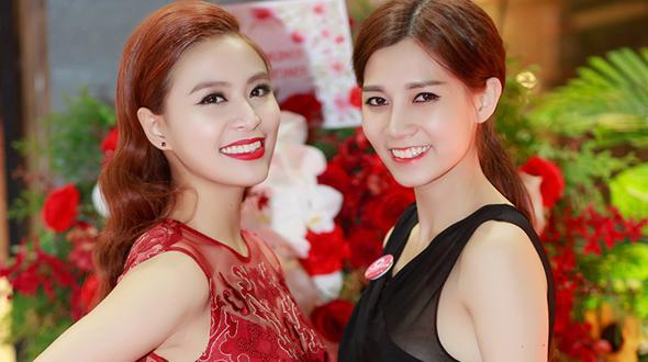 """Hoàng Thùy Linh khoe bạn gái từ thời """"con chấy cắn đôi"""""""