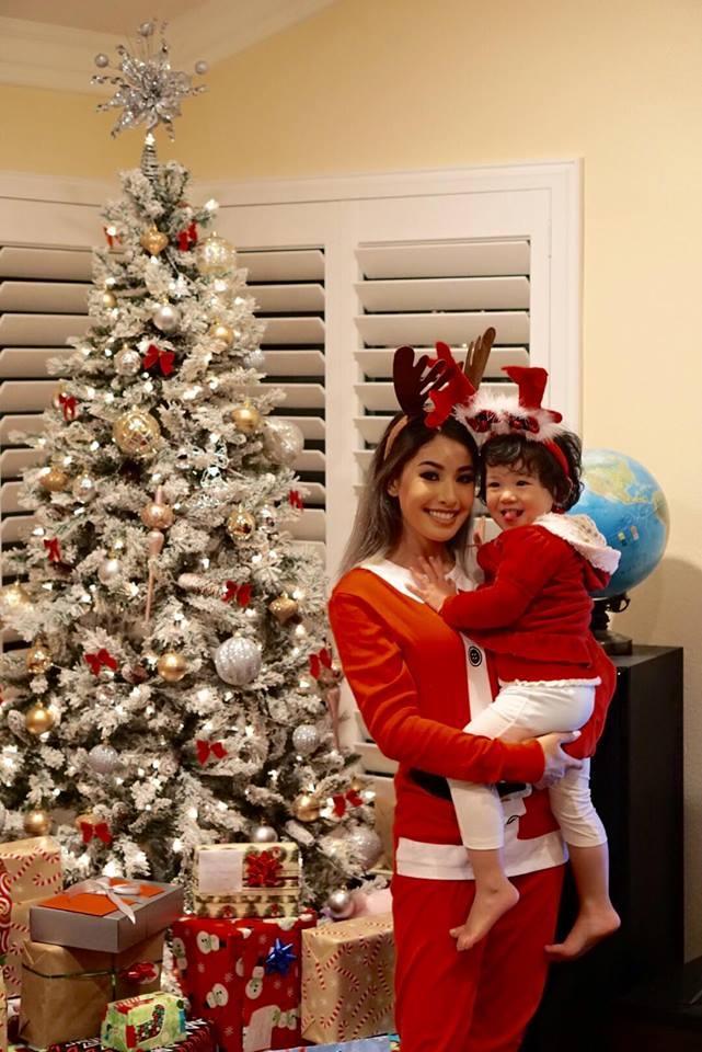 Jennifer Phạm 'tiết lộ' tiệc Giáng sinh tưng bừng ở Mỹ - Ảnh 8