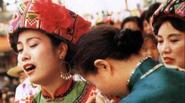 Nơi những cô dâu phải gào khóc liên tục cả tháng trước khi lấy chồng