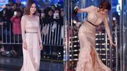 Kim Tae Hee rạng rỡ như nữ thần - Park Han Byul suýt ngã trên thảm đỏ
