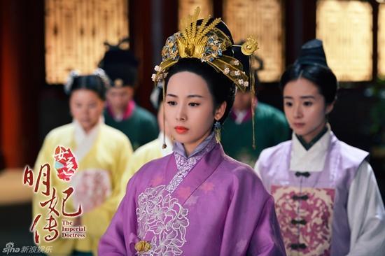 Lưu Thi Thi vướng tình tay ba với Hoắc Kiến Hoa và Hoàng Hiên