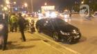 Hà Nội: Ô tô điên đâm hàng loạt xe chờ đèn đỏ