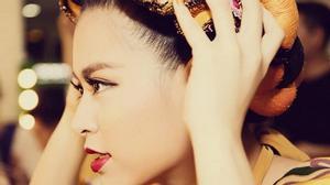 Hoàng Thùy Linh chính thức chia tay The Remix 2016
