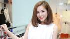 HH Kỳ Duyên trẻ trung đẹp rạng rỡ với mái tóc ngắn