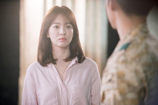 Hành trình nhan sắc của 'nữ hoàng không tuổi' màn ảnh nhỏ xứ Hàn