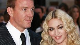 Tòa giục Madonna và chồng cũ giải quyết tranh chấp nuôi con