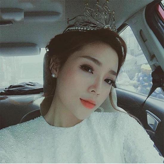 Loạt mỹ nhân Việt kém xinh vì mắc lỗi trang điểm  - Ảnh 2