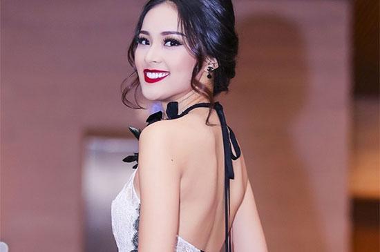 Loạt mỹ nhân Việt kém xinh vì mắc lỗi trang điểm  - Ảnh 7