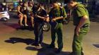 Ẩu đả kinh hoàng giữa Sài Gòn, nam thanh niên bị chém gần đứt lìa tay