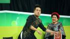 Nghệ sĩ Minh Nhí rút tiền túi tặng cho thí sinh