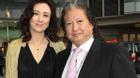 Chân dung Hoa hậu bỏ sự nghiệp về chăm con cho ngôi sao võ thuật gạo cội