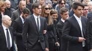 Paolo Maldini khóc, cười trong lễ tang bố