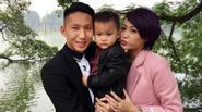 Nghiêm Xuân Tú 'khổ sở' nhờ người đăng ký tiêm cho con trai