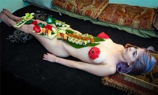 Naked Sushi and Washboard Abs at 4231 Merrell: Clay Stapp
