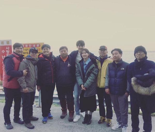 Suzy và Kim Woo Bin đã sẵn sàng dập tắt 'cơn bão' Hậu Duệ Mặt Trời