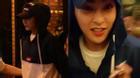 Cận cảnh gương mặt hoảng hốt cực đáng yêu của EXO Xiumin tại Việt Nam