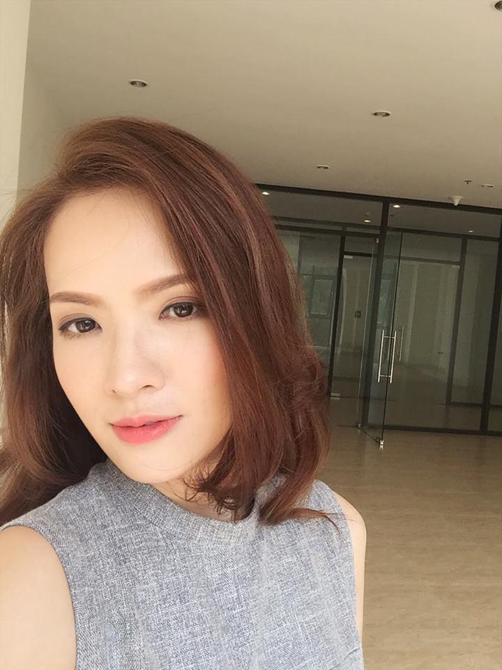 Facebook sao Việt: Vợ chồng  Jennifer Phạm ôm nhau trước mặt gia đình ở Đà Nẵng ảnh 10